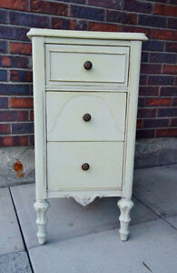 ANTIQUE CABINET SHABBY CHIC, SMALL CHEST, West Island Greater Montréal image 5