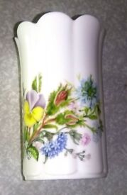 AYNSLEY WILD TUDOR MAYFAIR VASE MINI
