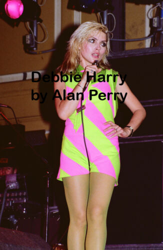 "Blondie - 1 Debbie Harry 12""*18"" colour concert photo Newcastle 1978"