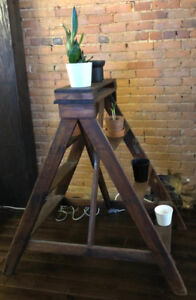 Vintage Wood Step Ladder - Fixed Frame
