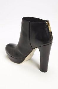 MICHAEL MICHAEL KORS ~ Leather Ankle Boot (7) Oakville / Halton Region Toronto (GTA) image 2