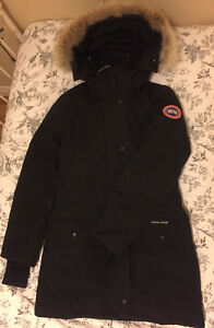 Ladies Canada Goose Jacket Kingston Kingston Area image 2