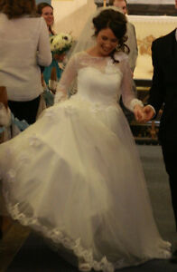 A Line/Full Length Wedding Dress Gatineau Ottawa / Gatineau Area image 4