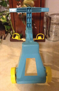 VINTAGE MATTEL TIPPEE TOES TRICYCLE 1967 COMME NEUF Gatineau Ottawa / Gatineau Area image 4