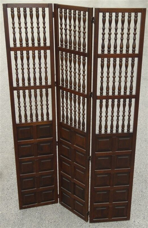 1960s 1970s MCM Mid Century Walnut Wood Spindle Folding Screen / Room Divider