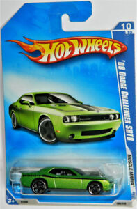 Hot Wheels 1/64 '08 Dodge Challenger SRT8 Diecast Car