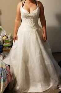 Wedding Dress Never Worn REDUCED!