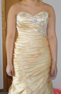 Prom Dress - Bought at WEM - Worn 8 hours