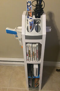 WII CONSOLE 1 REMOTE 8 GAMES 1 NUNCHUCK AND WII STAND