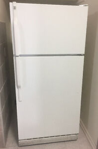Large White GE Refrigerator (Warranty & Delivery INCLUDED!)