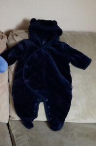 baby gap snow suit, bath towels