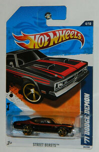 Hot Wheels 1/64 '71 Dodge Demon Diecast Car