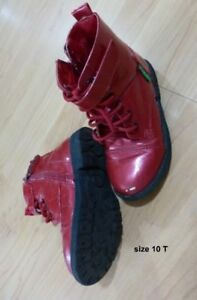 Girl boots size 10T