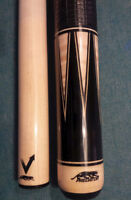 Limited Edition Predator pool cue with Vantage shaft and case