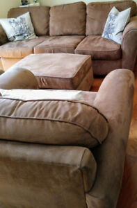 2 comfie chairs, matching ottoman and 3 person couch set