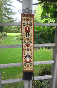 NEEDLEPOINT Bargello AMISH Man & Woman TAPESTRY Wall Hanging