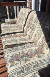 Vintage Couch for sale!