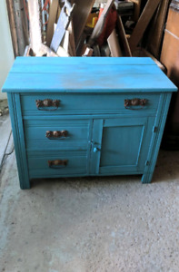 Antique Dresser/ Commode Antique