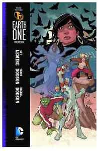 Teen Titans Earth One volume 1 Hardcover Kitchener / Waterloo Kitchener Area image 1