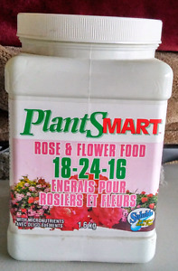 PlantSmart Soluble Rose and Flower Food