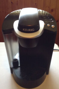 Keurig Single Cup Brewing System Coffee Maker Model K40
