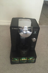 Tassimo Coffee maker and T disk holder for sale