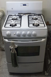 GE Natural Gas Range
