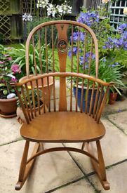 Ercol Originals Swan Back Chairmakers Rocking Chair FREE LONDON DELIVE