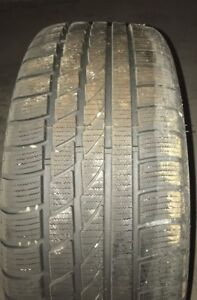 Hankook Icebear W300 Winter Tire - 225/40R18 92V