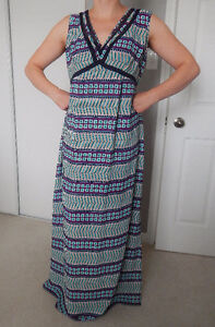 thyme long dress with detachable navy slip - Large (NWT)