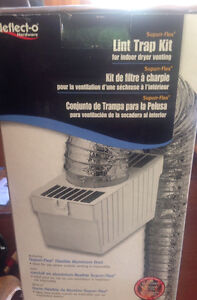 Dryer vent with lint trap