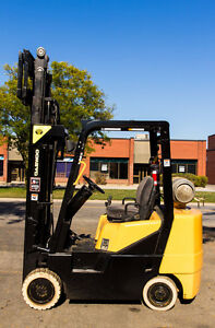 2002 DAEWOO FORKLIFT 3 STAGE MAST WITH SIDE SHIFT