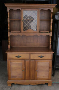 Solid 2 Piece Maple Buffet/Hutch By Nadeau Furniture