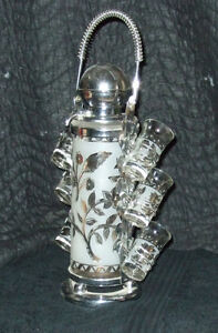 Vintage Pump Decanter with affixed 'Caddy' & 6 shot glasses Strathcona County Edmonton Area image 3