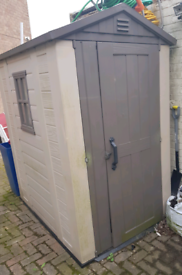 ( SOLD) Plastic Shed