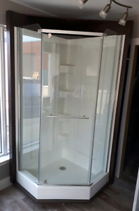 "38"" MIROLIN NEO-ANGLE SHOWER"