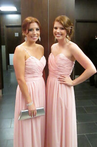 Bridesmaid or Prom Dresses/Robe de bal ou filles d'honneur