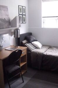 Room available near Fleming, 450$ all inc. Females only