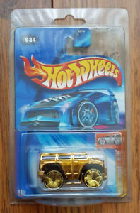 Hot Wheels exclusive - Gold Chrome Hummer 034, NEW, SEALED