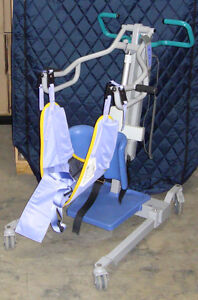 Arjo Sara 3000 Sit to Stand Patient Lift Excellent Condition