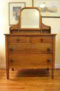 Lovely Antique Solid Maple Dresser w Swivel Mirror