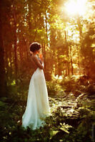 Amateur photographer for forest wedding ceremony