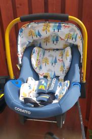Cosatto Port Foxtail car seat and Cosatto Port Isofix base