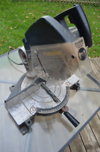 Black and Decker Miter Saw