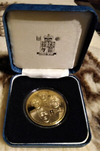 COIN - Gold Plated Commemorative BEATTLES Coin - Sealed Coin