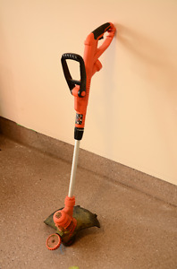 Black and Decker Weed Wacker