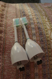 Pair of Sonicare Standard e series toothbrush heads