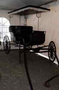 Antique Aimish Horse Surrey Carriage Buggy 100years old For Sale