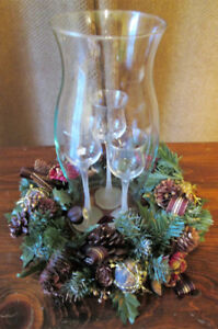 Party-Lite Hurricane Lamp, 3 Votive Candle Holders, 1 Wreath
