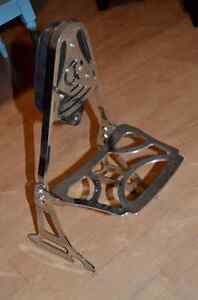 Chrome and leather backrest from Vulcan 800